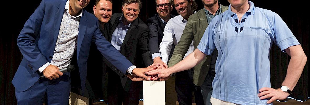 Zo krijgt Nederland DAB+ door de strot geduwd
