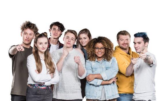 YouTubers coachen opvolgers in Nickelodeon's De Viral Fabriek