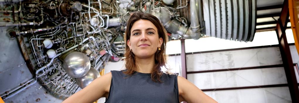 Anna Gimbrère op De Perstribune van MAX