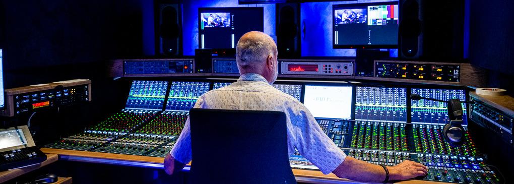NEP bouwt bijzondere audiowagen in eigen huis