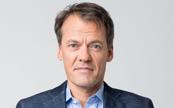 Tijs van den Brink maakt De verloren stem voor EO
