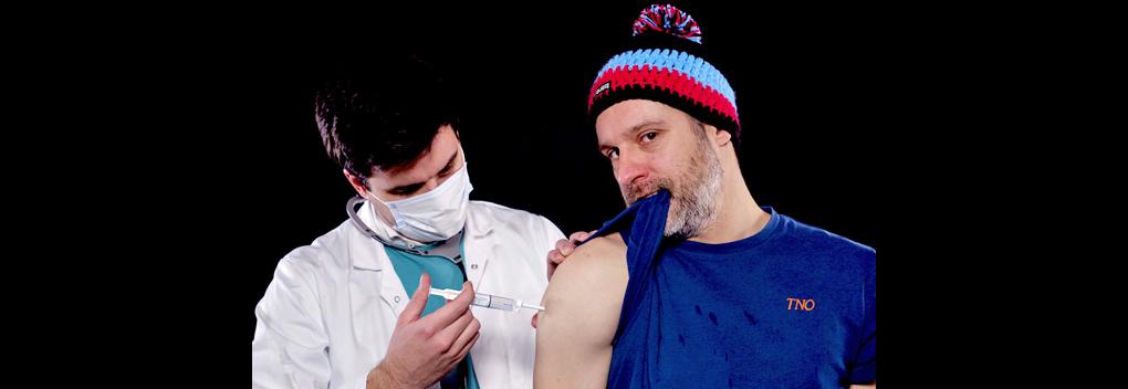 Martijn La Grouw roept op unieke wijze luisteraars op zich te vaccineren