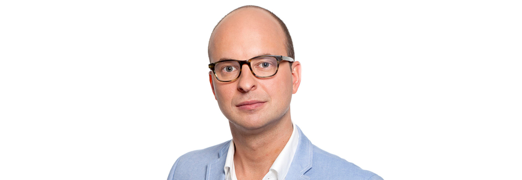 Tim de Wit wordt nieuwe presentator Bureau Buitenland