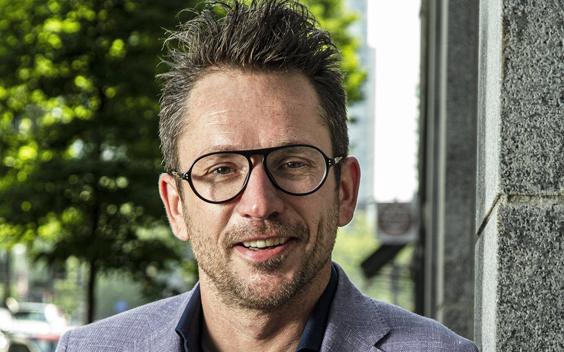 Tom Staal met culinair programma Doorskaveren op GoodLIFE Radio